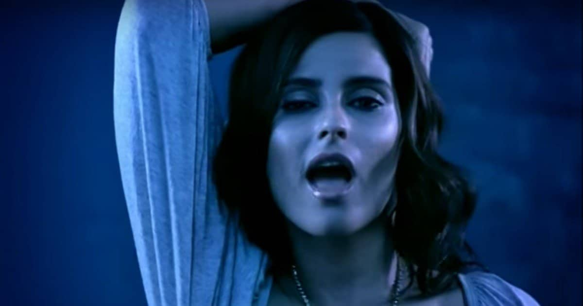 Nelly Furtado (Нелли Фуртадо): Биография певицы
