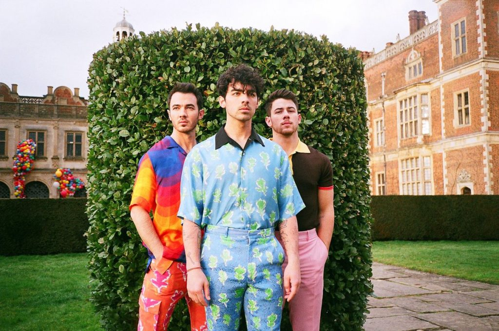 Jonas Brothers (Джонас Бразерс): Биография группы