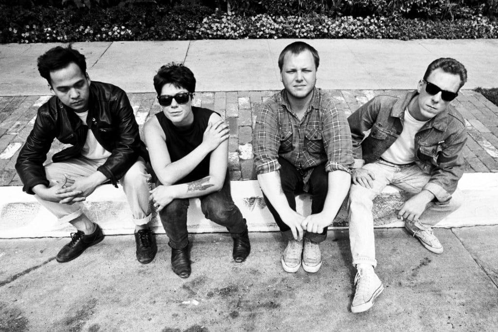 Pixies (Пиксиc): Биография группы