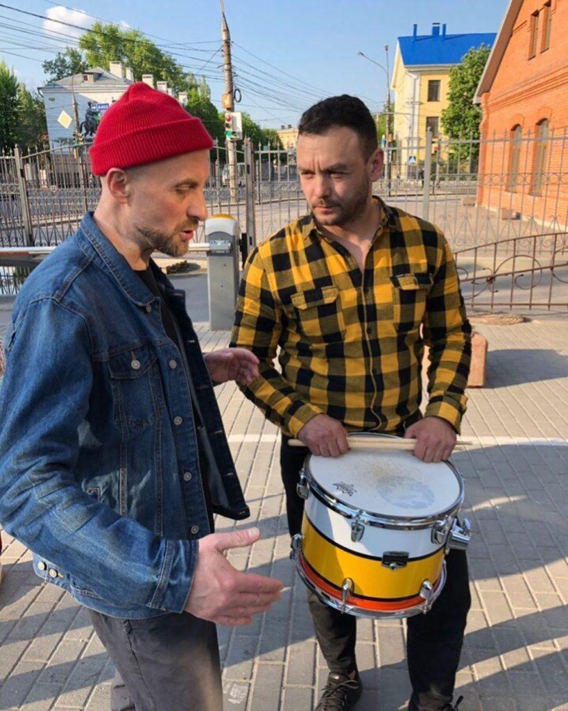 Запрещённые барабанщики: Биография группы